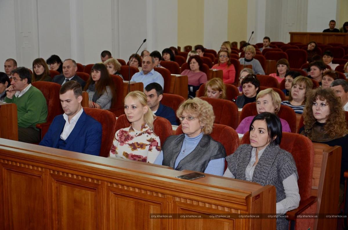 Департамент регистрации внедрил электронную систему взаимодействия с учебными заведениями