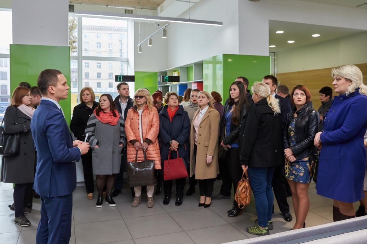 Представители Ассоциации городов Украины ознакомились с работой фронт-офиса БТИ